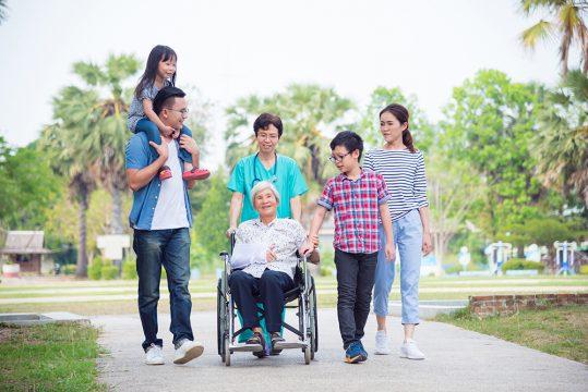 中国における老齢化問題と、拡大する介護市場参入への企業戦略…