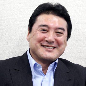 須古 勝志 氏