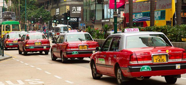 中国・上海で、高齢者でも手軽にタクシーを…